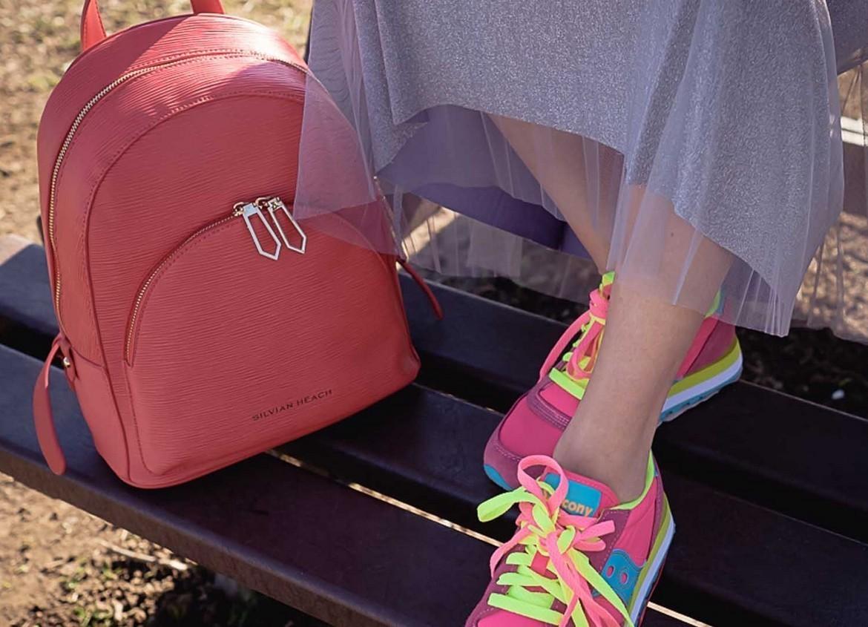 Le bon look pour faire correspondre les chaussures de sport pour femme
